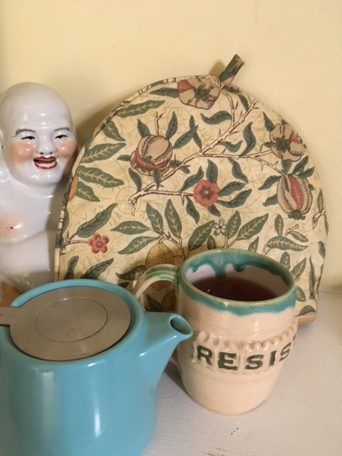 Resist, mug courtesy of @protestpottery