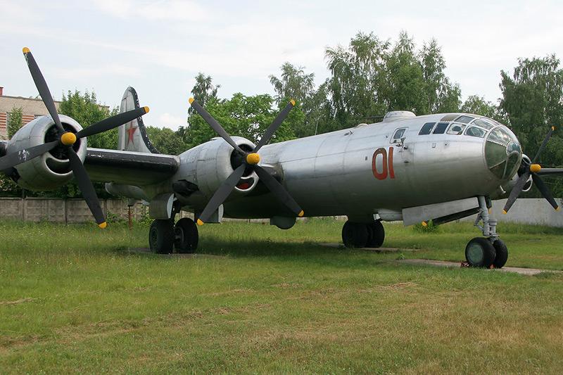 Tu-4_03.jpg
