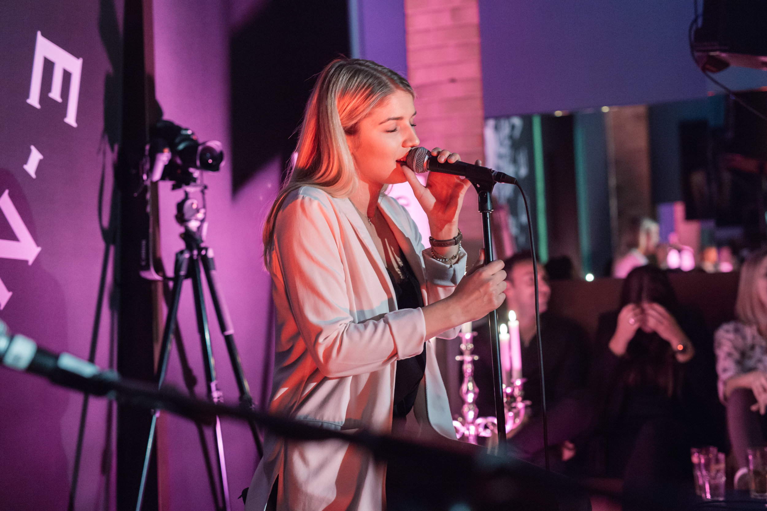 20170423-PRIVAT-SOUL-FOOD-CONCERT-NICOLE-CROSS-THINK-OUT-OF-THE-BOX-OFFENBLENDE-TK-01.jpg