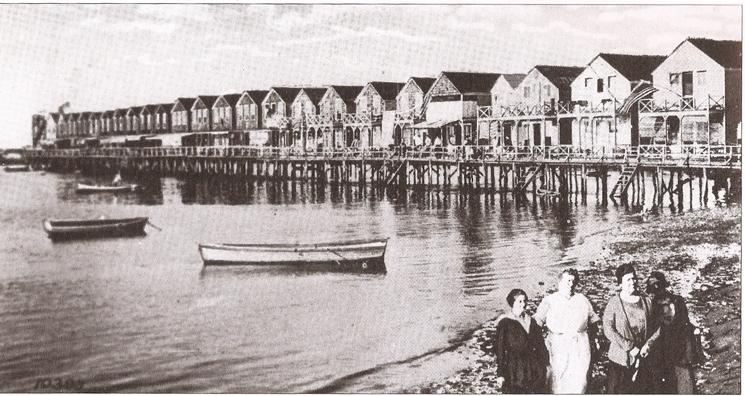 1912 Summer homes at Java Street (now Beach 84th Street)