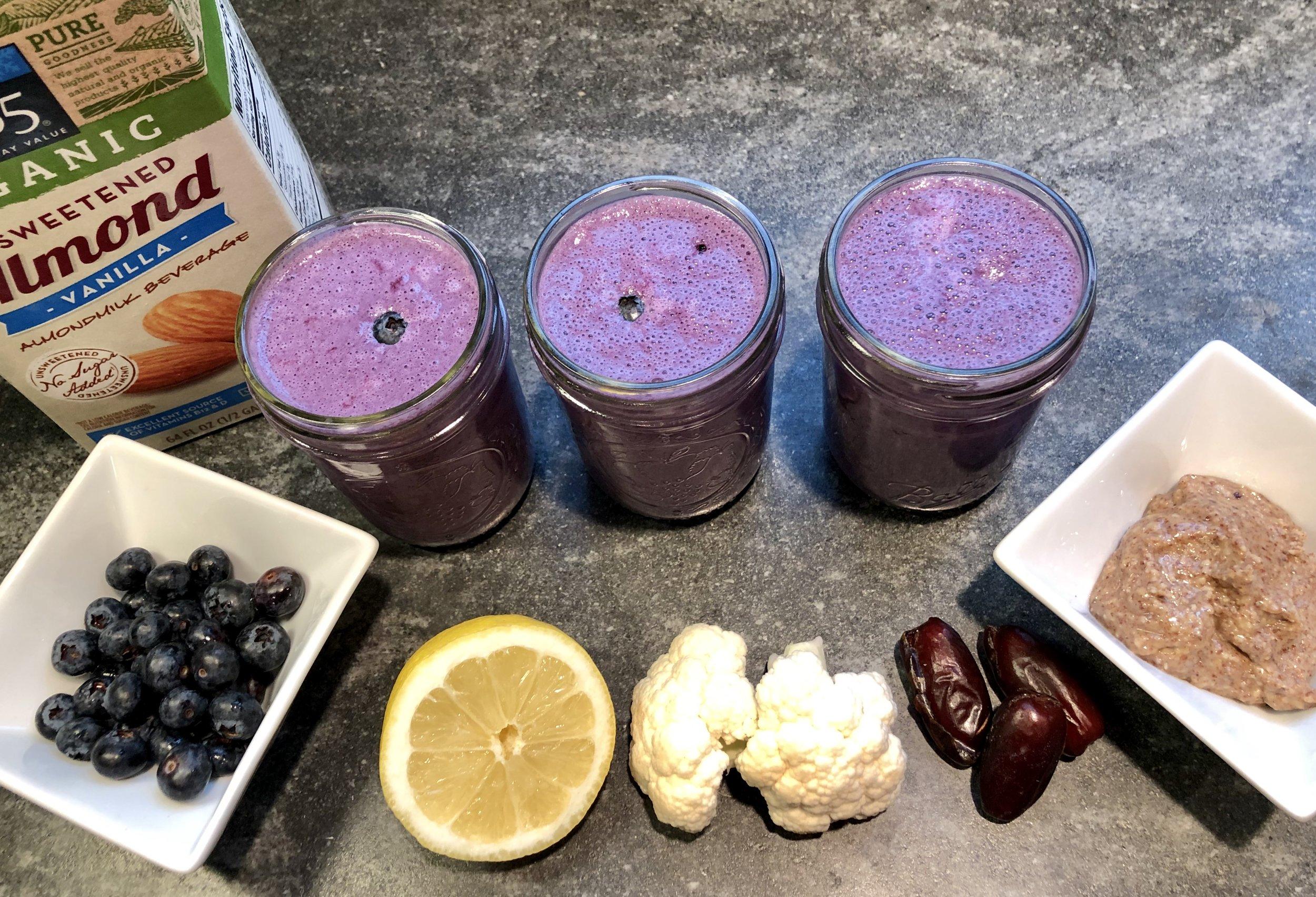 blueberry cauliflower smoothie.jpg