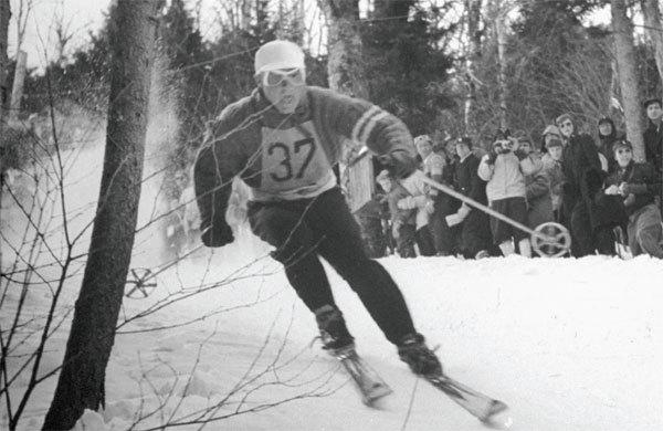 Steve Knowlton in the 1946 Roch Cup on Aspen Mountain.