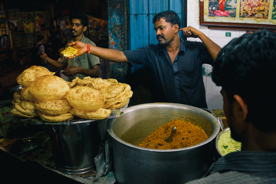 Poori seller in Bangalore