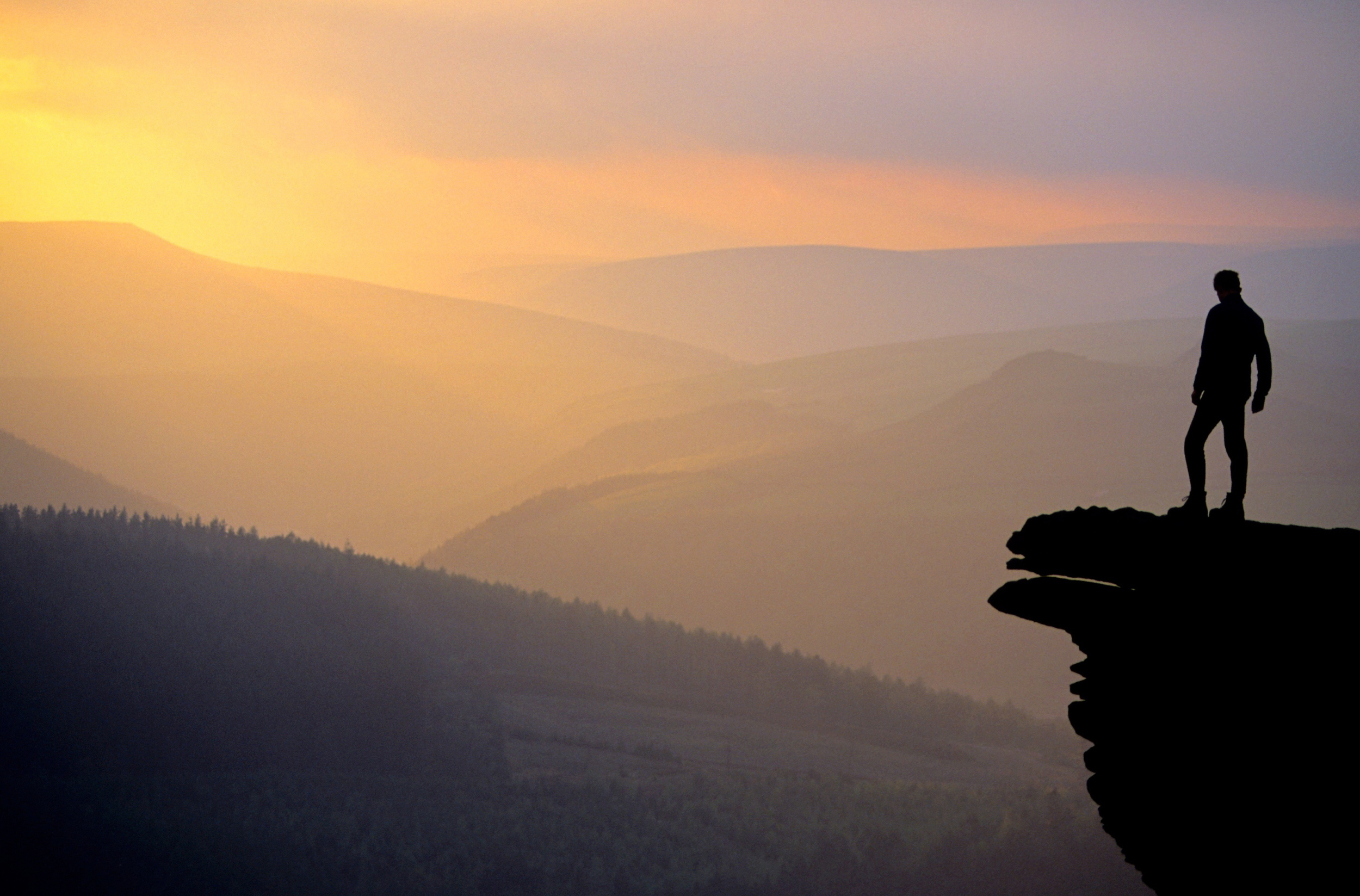 Bamford Edge, Peak District.jpg