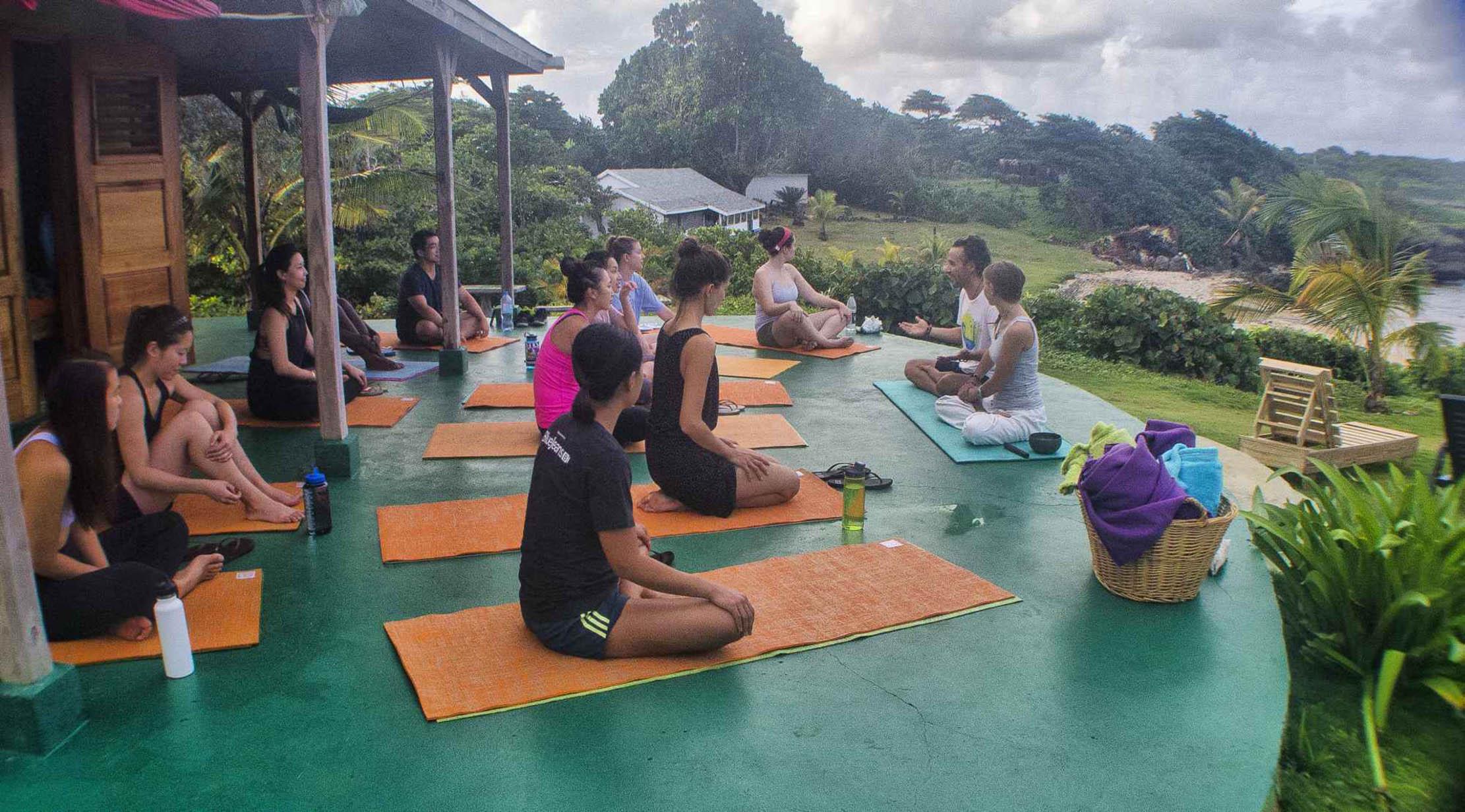 GoNatural_yoga class wiev.jpg
