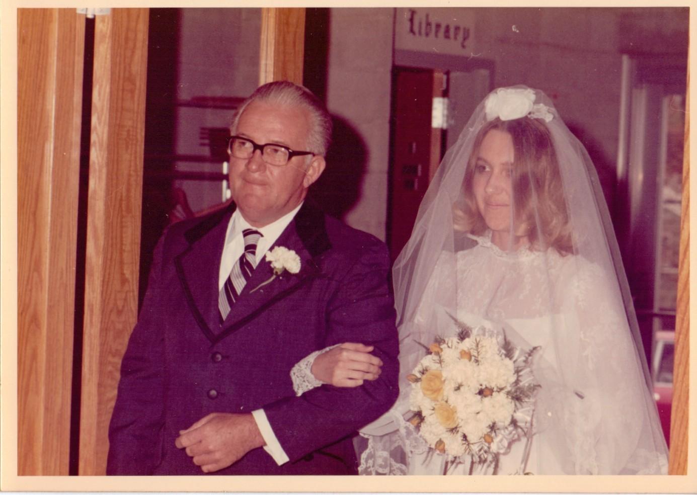 Daddy & me wedding day