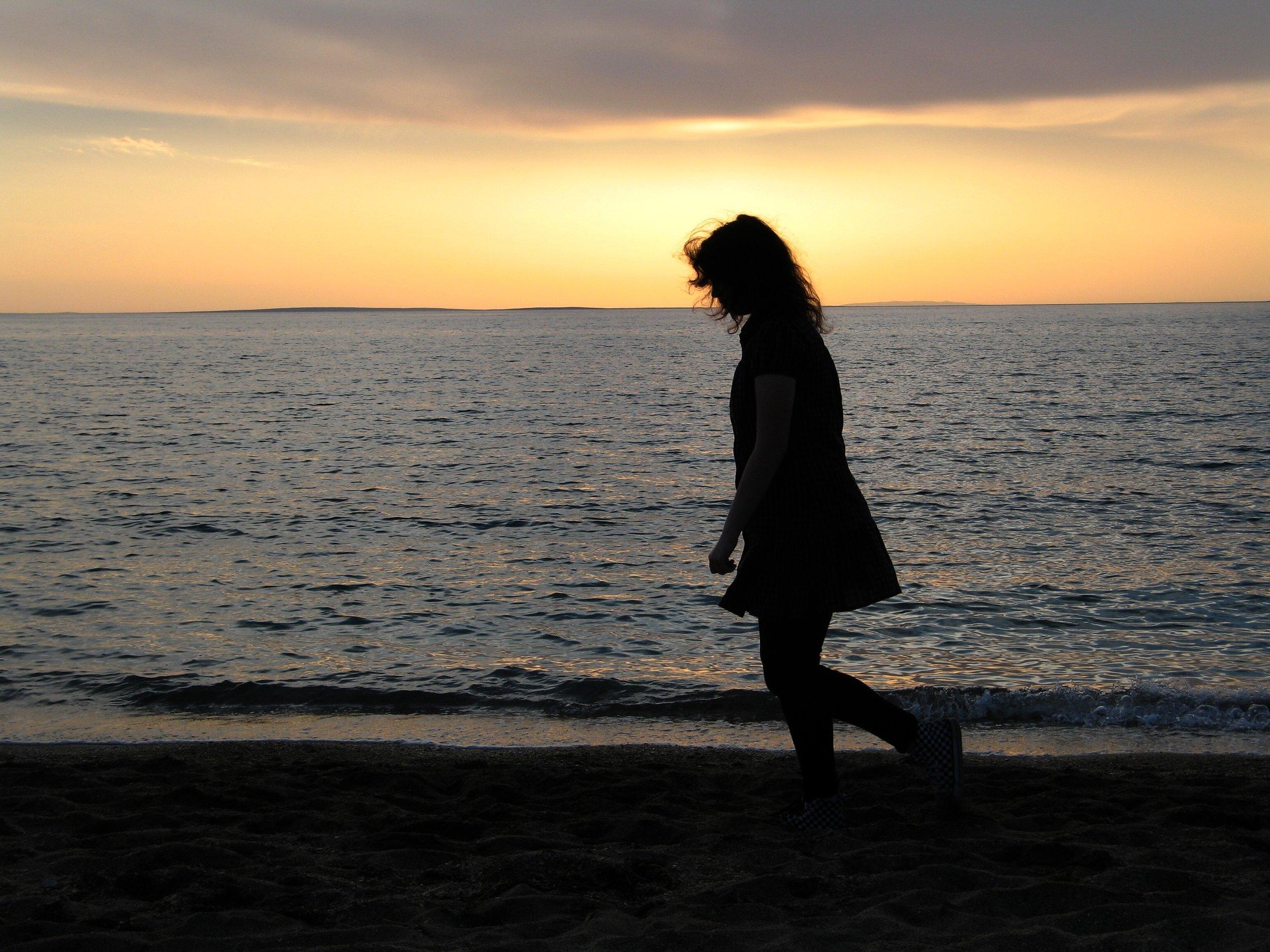 solitary-walk-on-beach.jpg