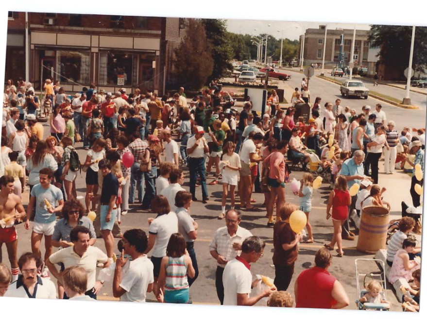 The first Urbana Sweetcorn Festival was held in August 1975 in the parking lot at Main & Race Streets in downtown Urbana. It was a community event put on by the employees of local business Busey Bank. The Urbana Business Association is now responsible for the planning of the festival, over the years adding an expanded family area, live music on multiple stages, food, vendors, and beer all in the heart of downtown Urbana.