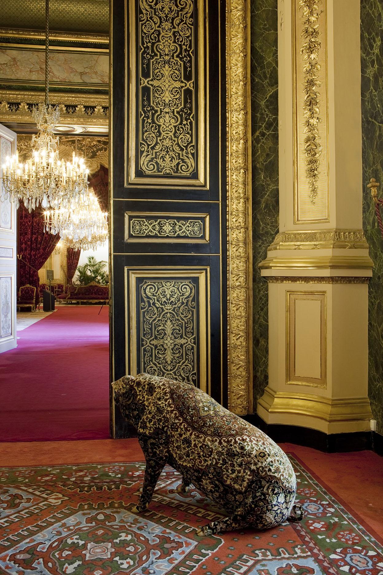 """Wim Delvoye, """"Au Louvre"""", Paris"""