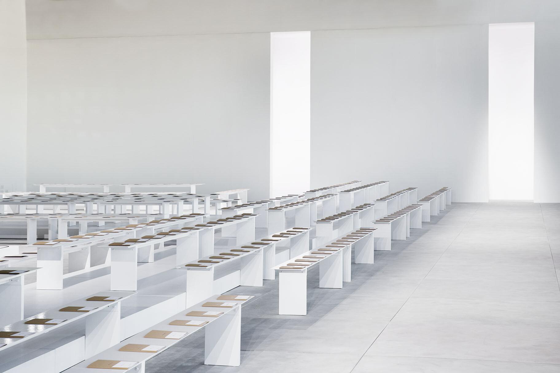 bureau-betak-michael-kors-new-york-gallery-guillaume-ziccarelli-02.jpg
