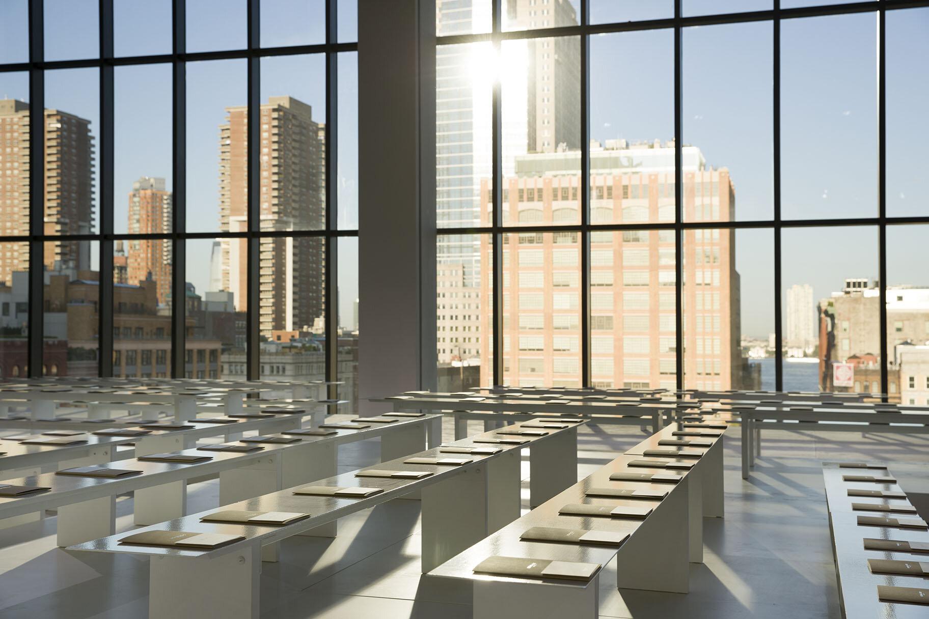 bureau-betak-michael-kors-new-york-gallery-guillaume-ziccarelli-04.jpg
