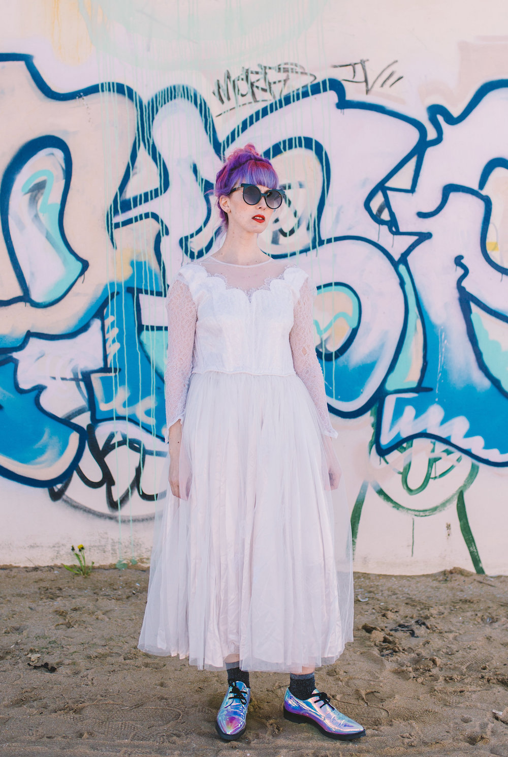 the badass ballerina :  SHOP ON ASOS   We rescued this americana 50s lace and satin gown from Pasadena, for a badass bride just like you!  Size 6-8. £250