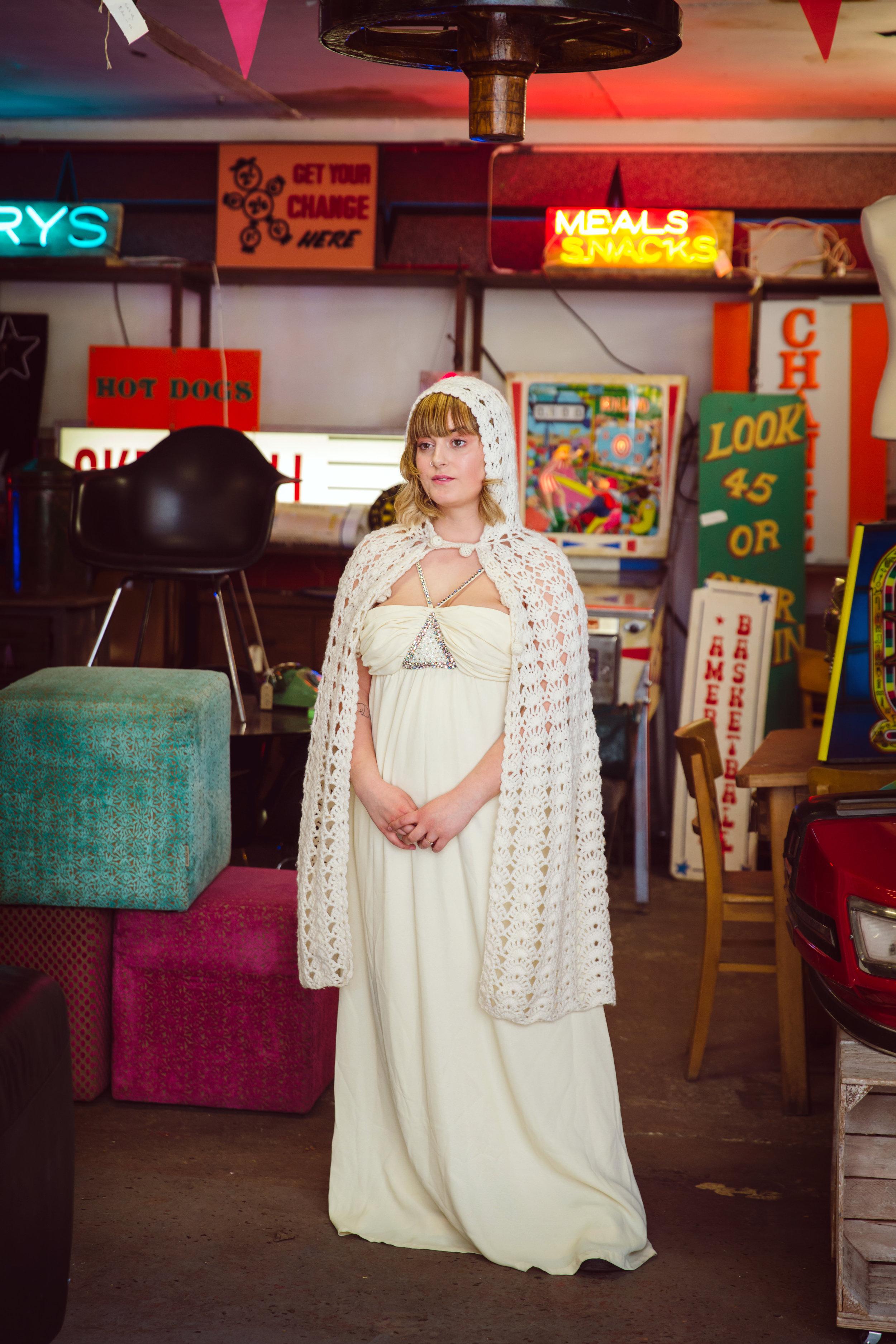 Sixpence Bridal 005.jpg