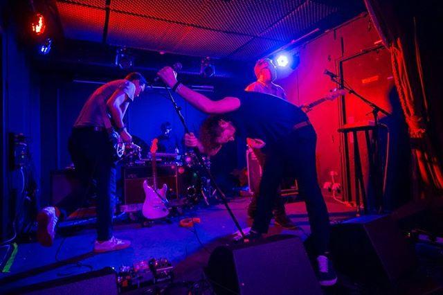 @autremondee at @workmansclub for @irelandmusicweek ——— . . . . #music #gig #concert #musicphotography #concertphotography #live #ireland #livemusic #musicphotography #musician #canon6D #irelandmusicweek #autremonde #workmansclub
