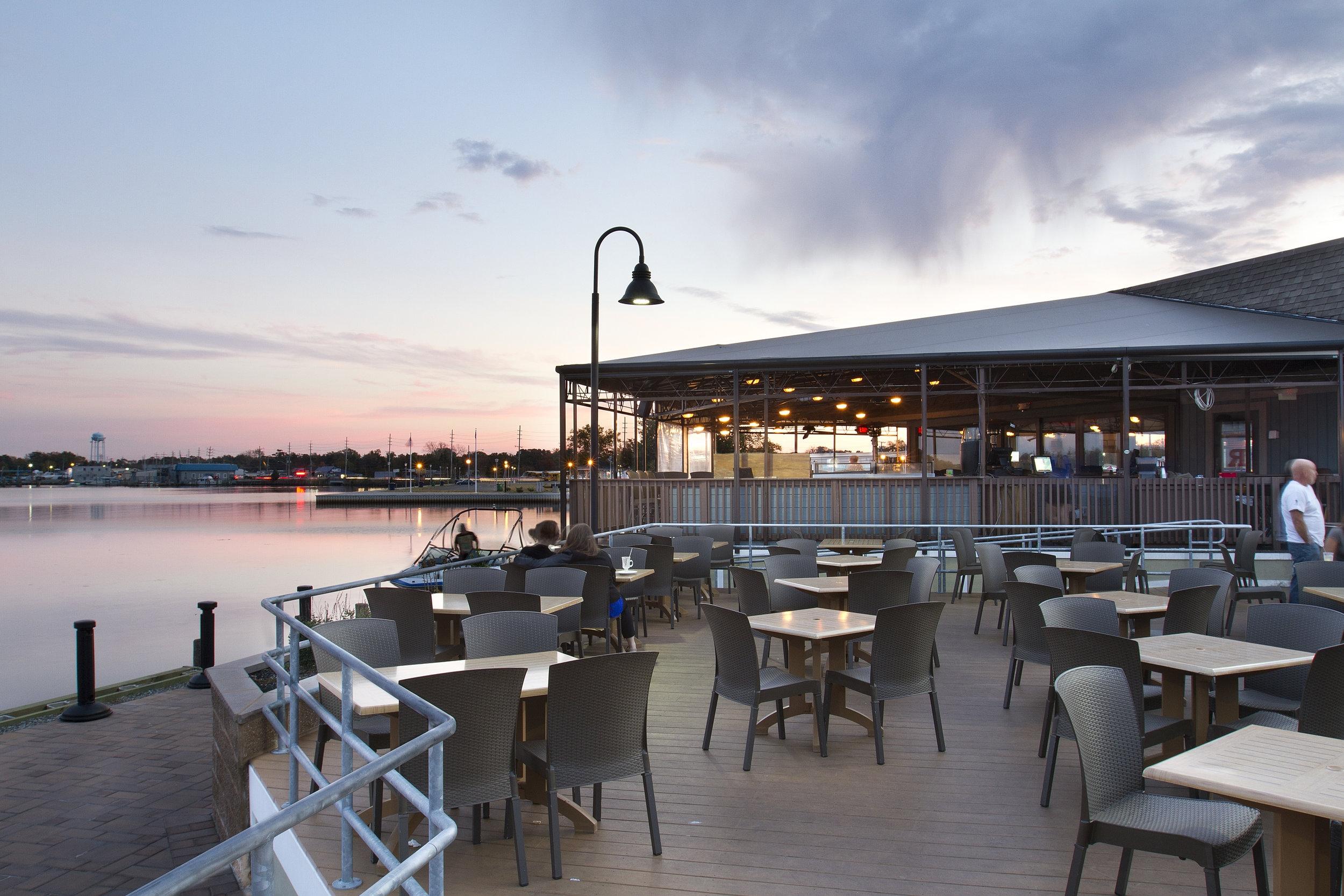 BAKER'S WATERSTREET BAR + GRILLE | TOMS RIVER, NJ