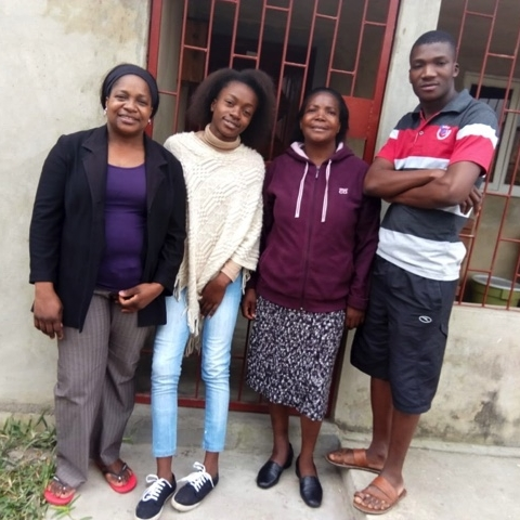 Leonor with her daughter, sister, and nephew