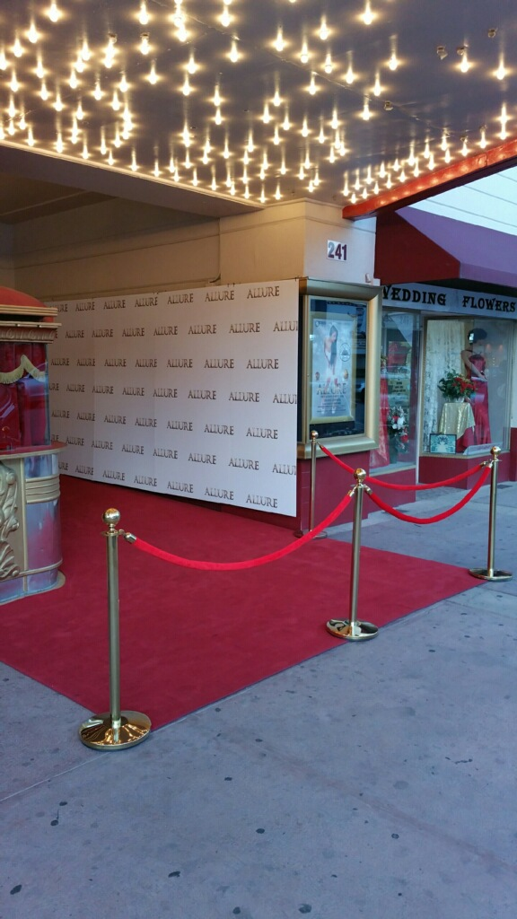 RED CARPET AND PHOTO WALL