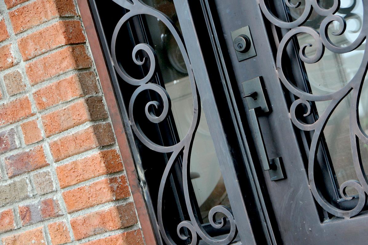 05_frontdoor_146.jpg