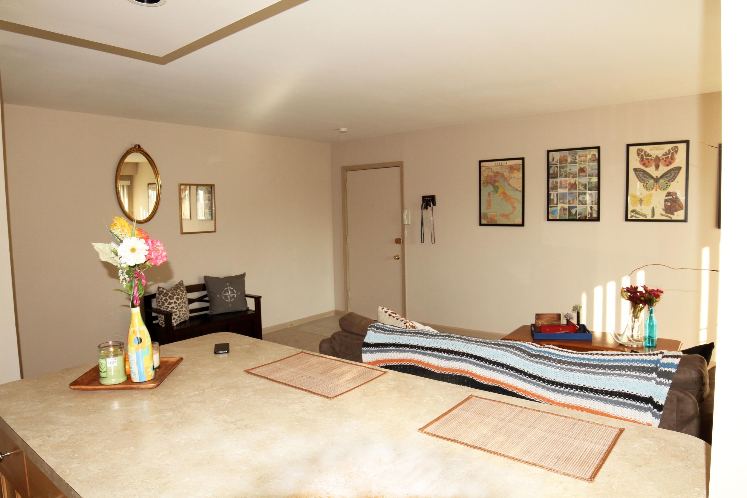 mainroom2.jpg