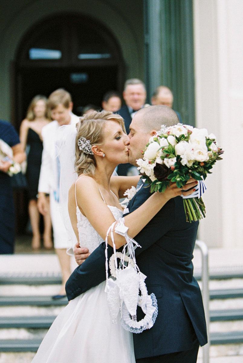 Mclaren-Vale-Wedding-Photographer-film-Photographer-Bentinmarcs