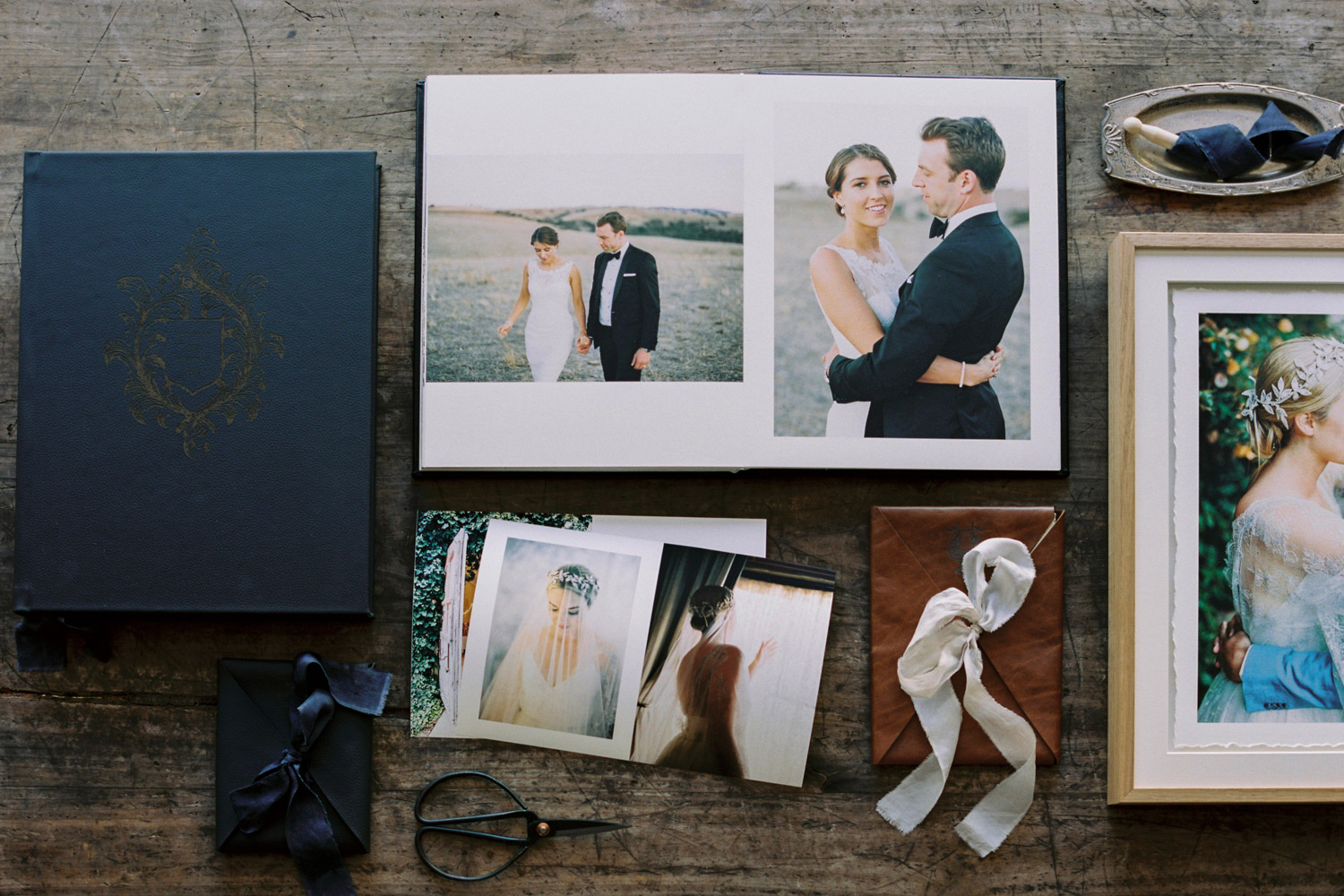 Wedding Albums Adelaide by Bentinmarcs Photography