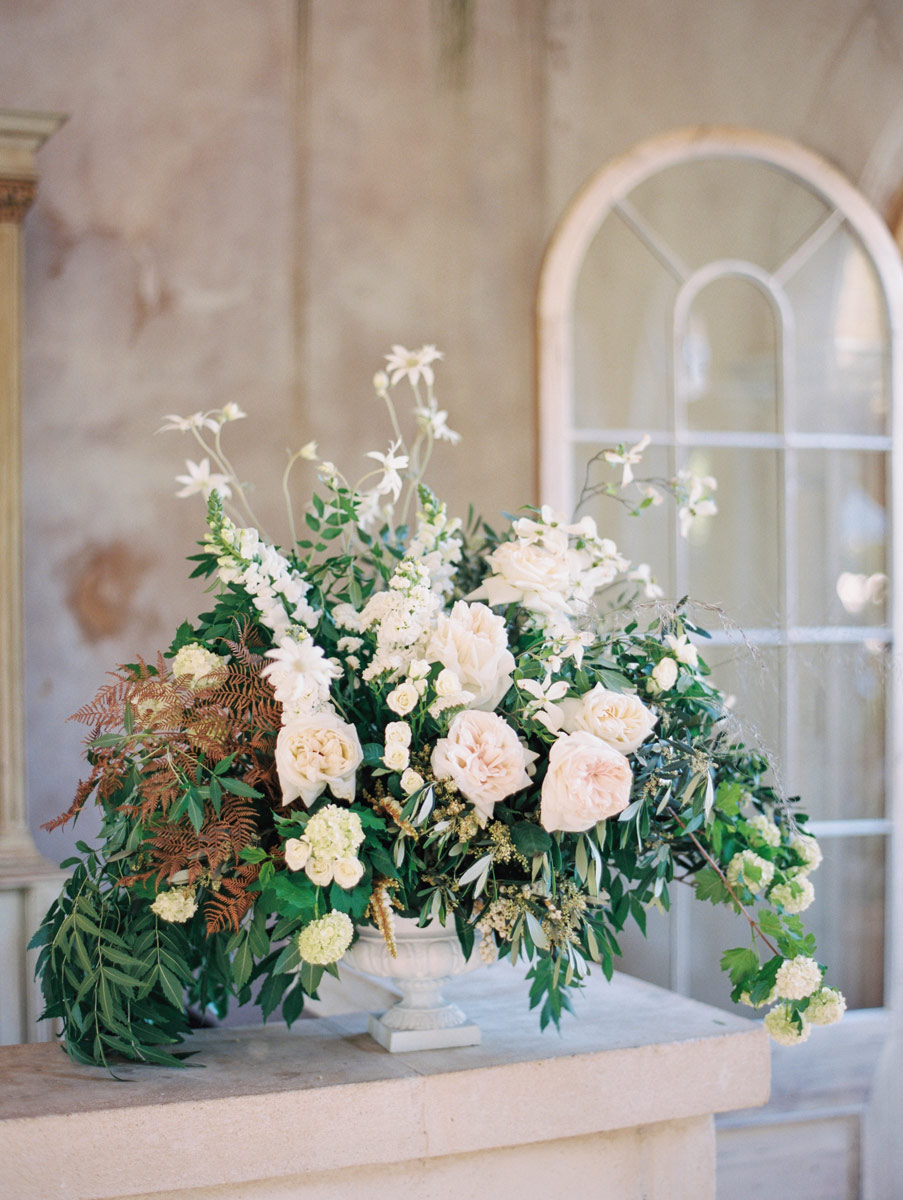 Adelaide wedding photos flowers by poppies on display