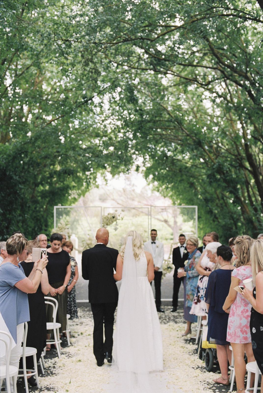 BAROSSA-VALLEY-WEDDING-PHOTOGRAPHER-0027.jpg