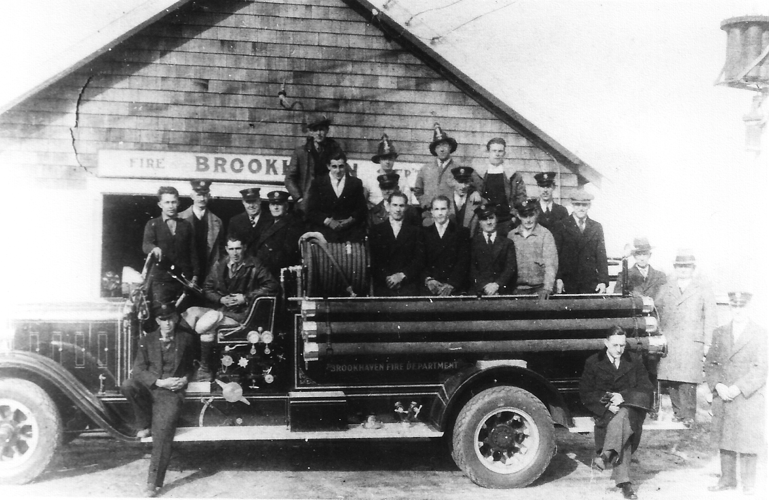 1932BrookhavenFD.jpg