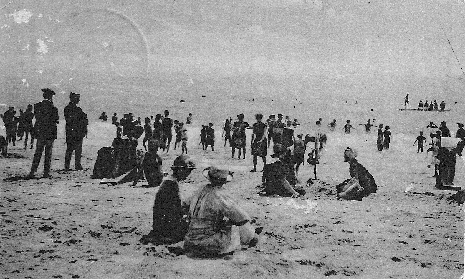 Bellport beach at OldInlet 1920.jpg
