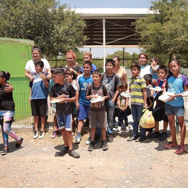 Queremos agradecer a la Primera Iglesia Bautista de Puente Alto Chile,  por bendecir con zapatos escolares a los niños más fieles en nuestras actividades en el barrial, muchas gracias por ser parte de lo que Dios está haciendo en Monterrey Mexico. #pibpa #chile #jucum #jucummty #cde #comunidaddeesperanza