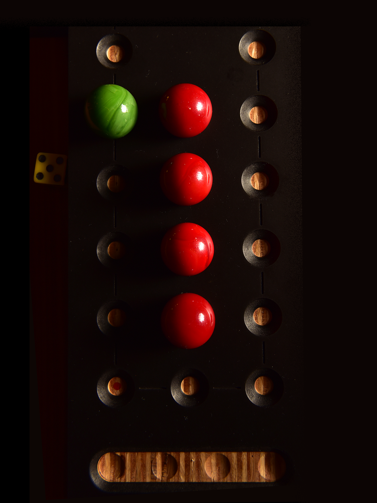 _DSC8400_MARBLES_RED_1200.png