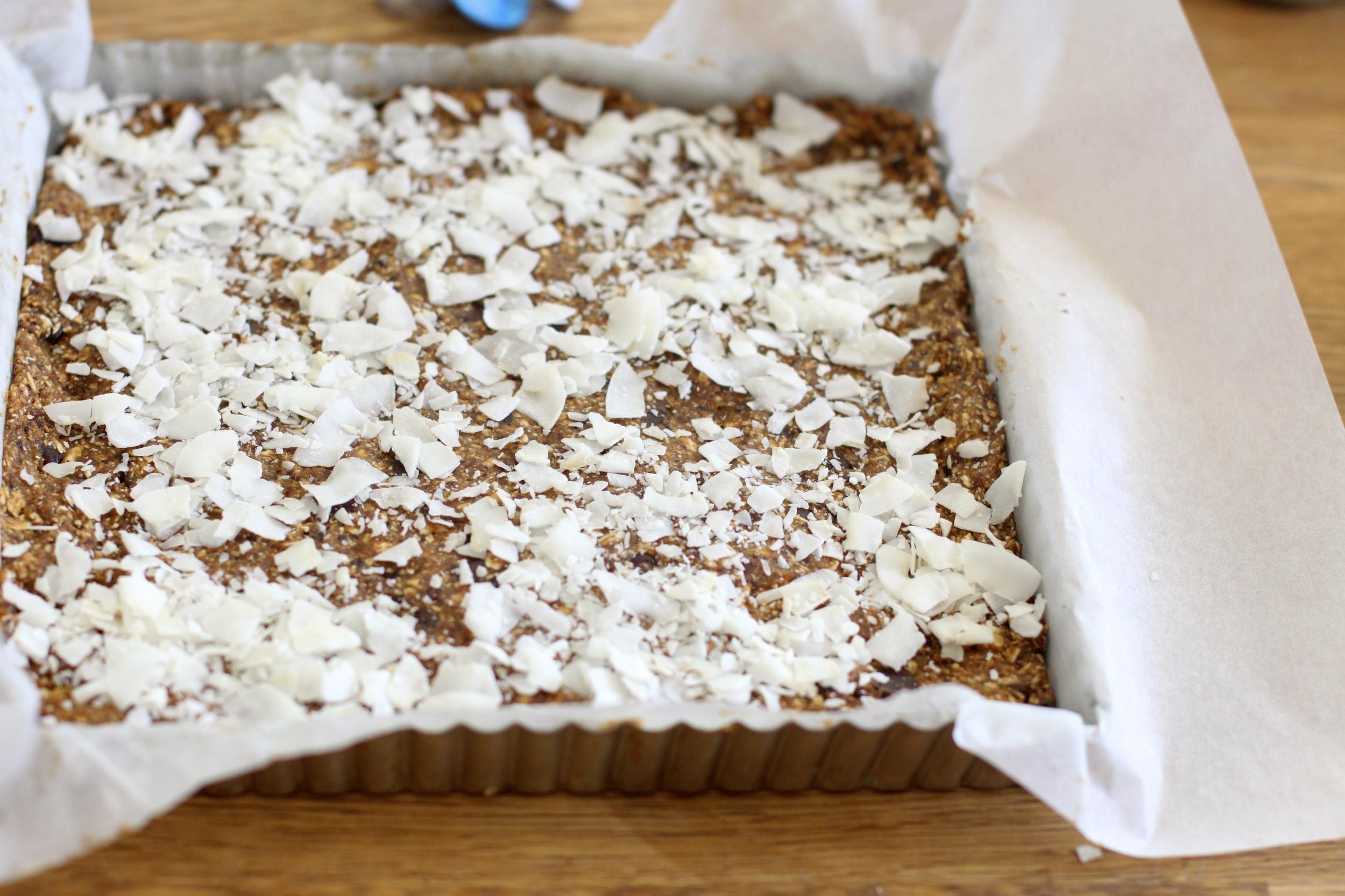 baking with kids: hiking bars
