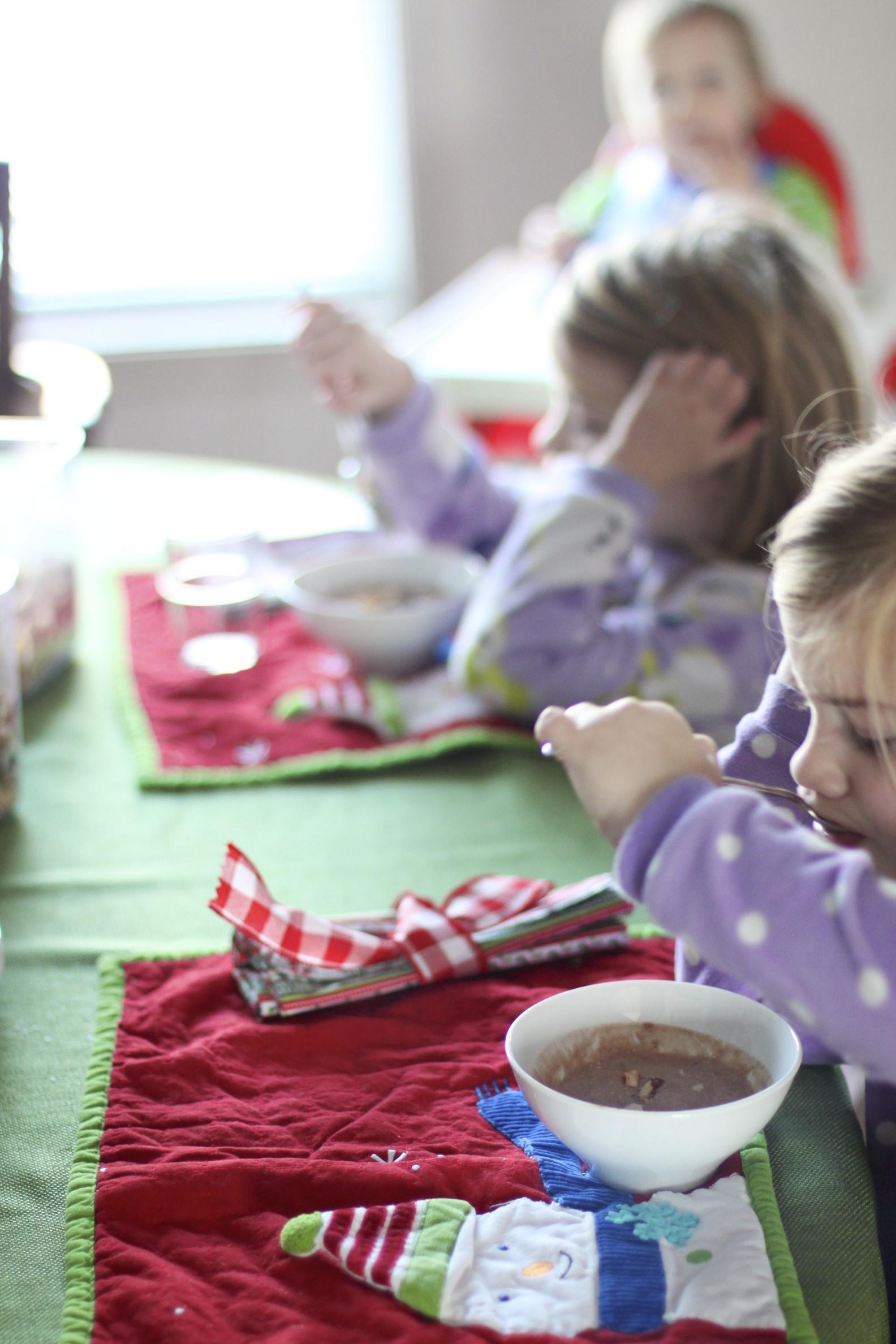 low carb/paleo kids: strawberry banana yogurt & chocolate yogurt