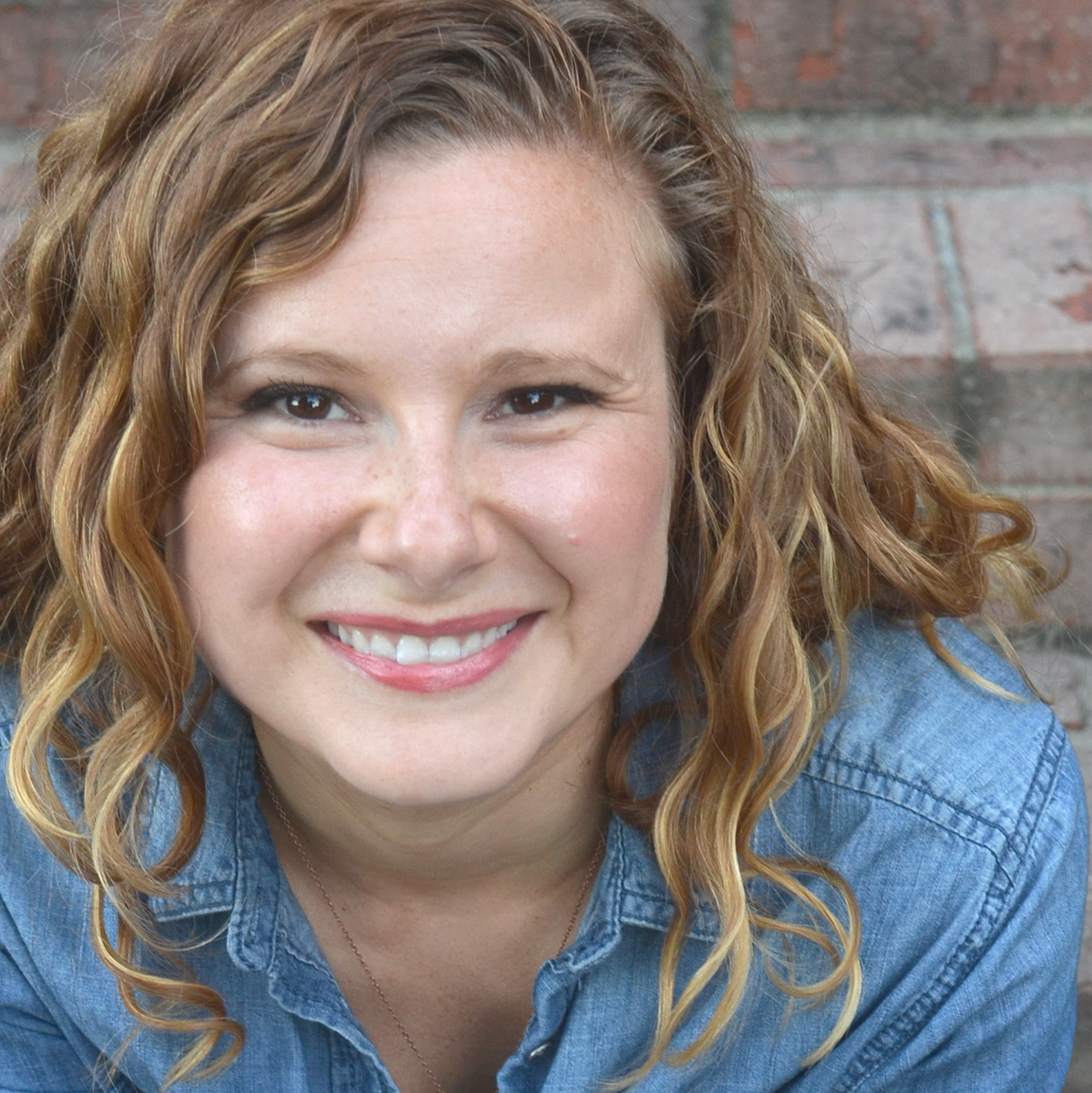 Anna Lockhart, MA   EFT Trained  ICEEFT member