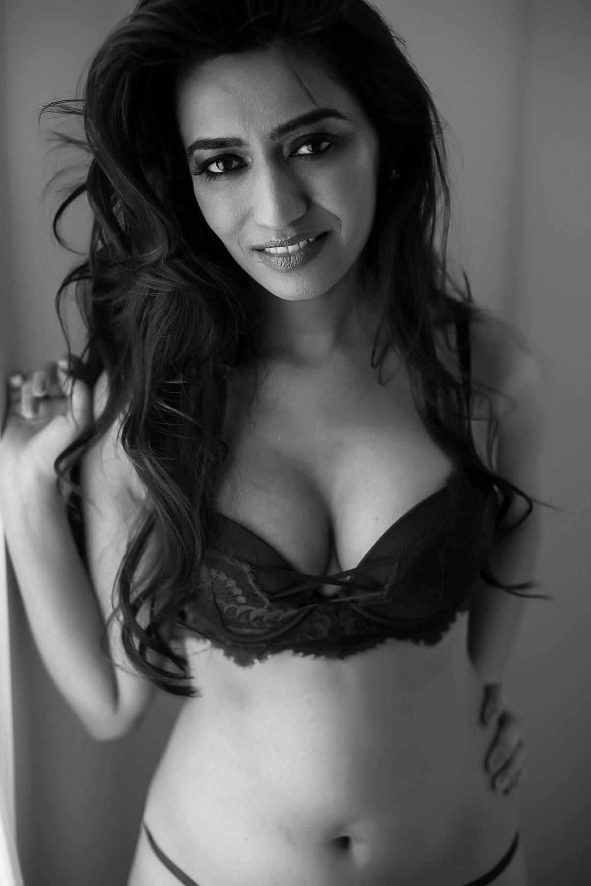 Vancouver body positivity boudoir photographer Chelsey Luren Portraits-5.jpg