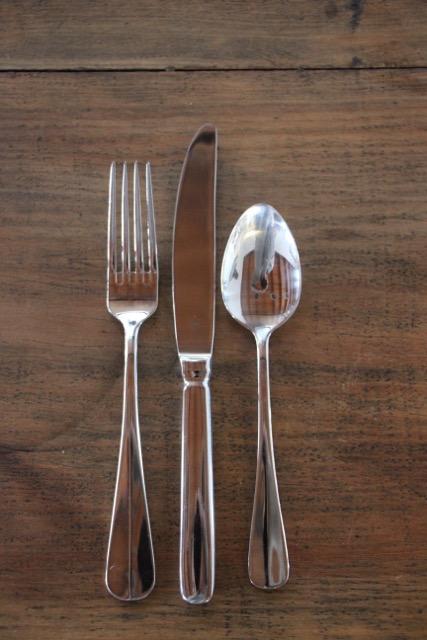 Table fork, table knife, dessert spoon. -