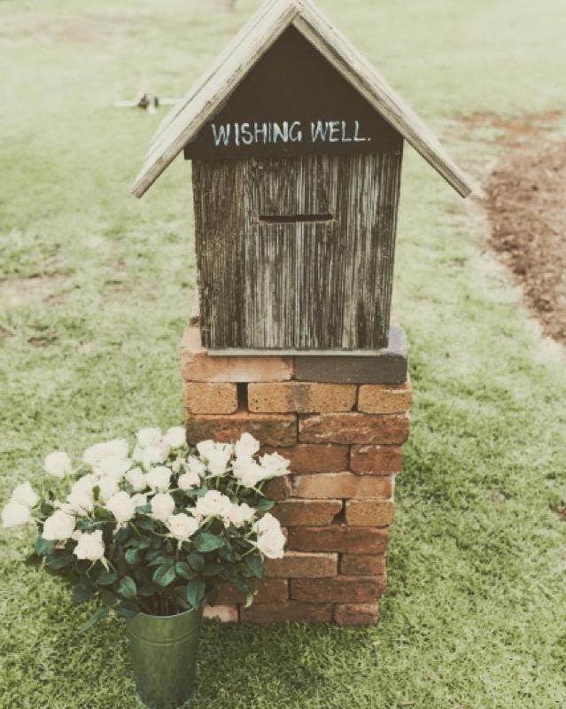 Timber wishing well + Tin display vase (zinc). -