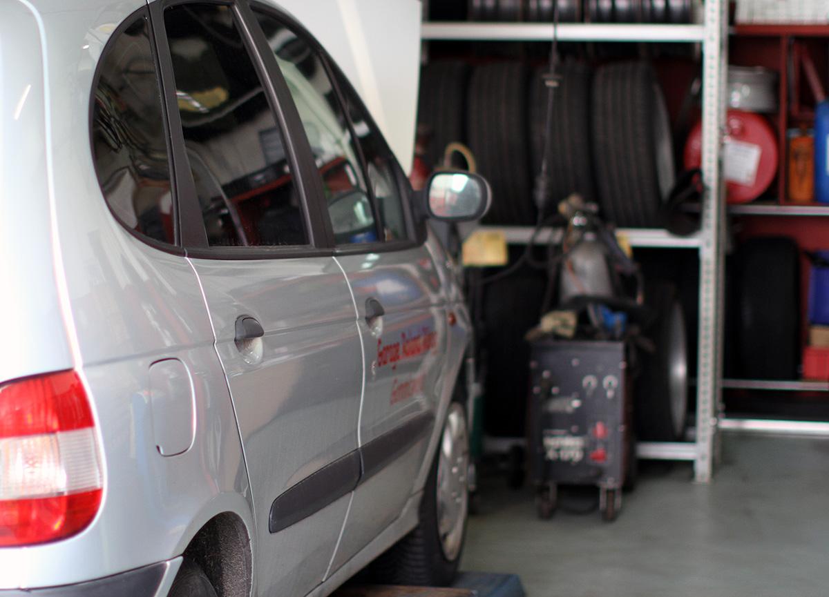 Garage Roland Rüegg -Reparaturen und Service