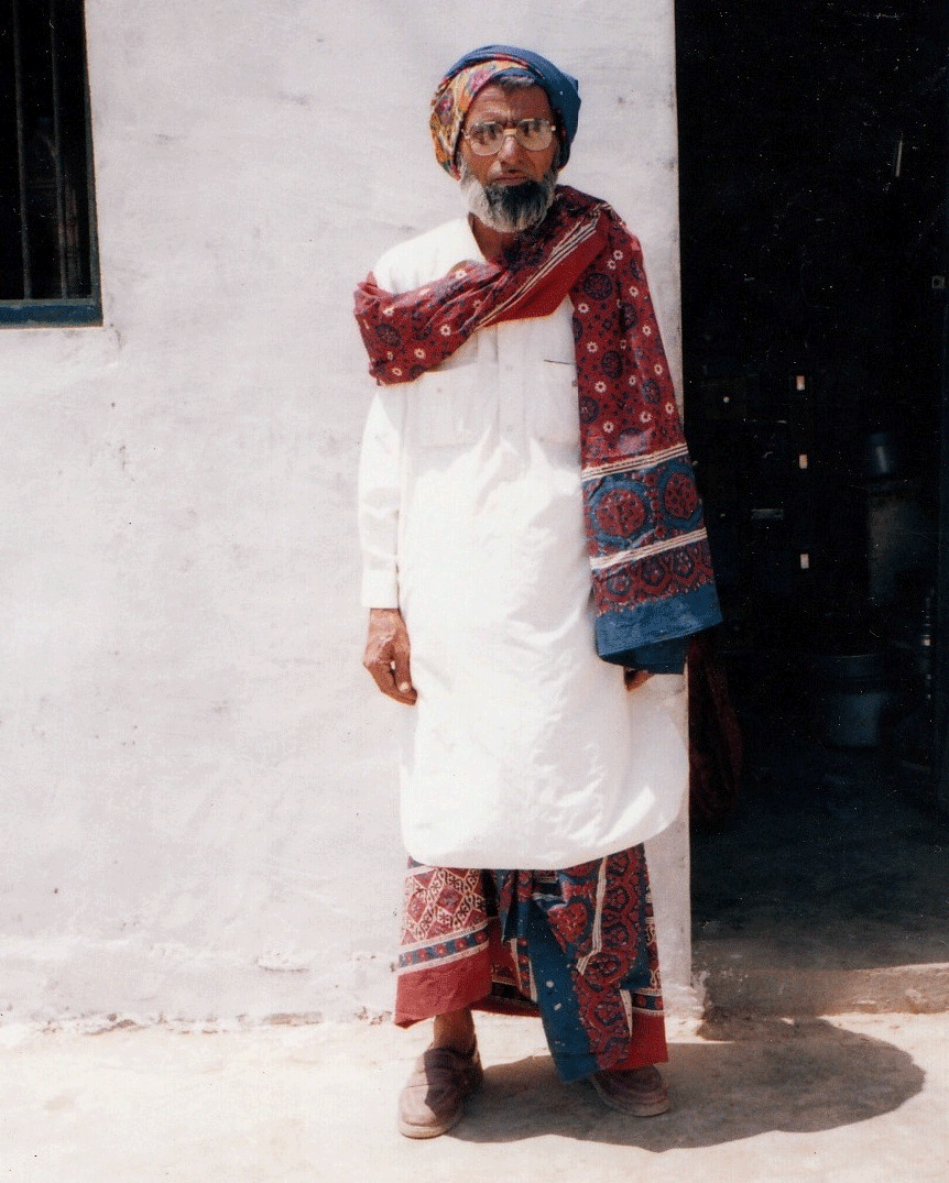 Traditionally, Ajrakh is worn as a turban, shoulder cloth, and dhoti