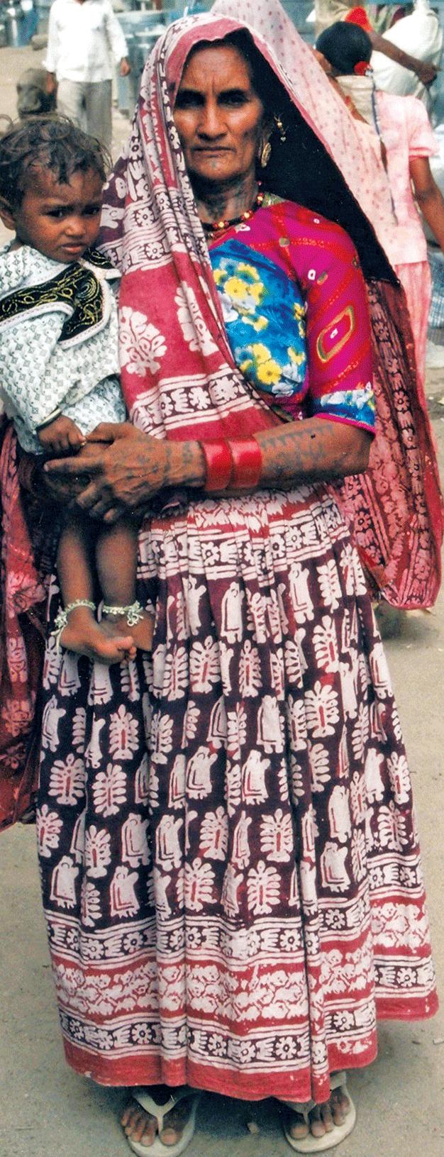 Traditional batik sadla worn by a woman from the Kanbi Patel community