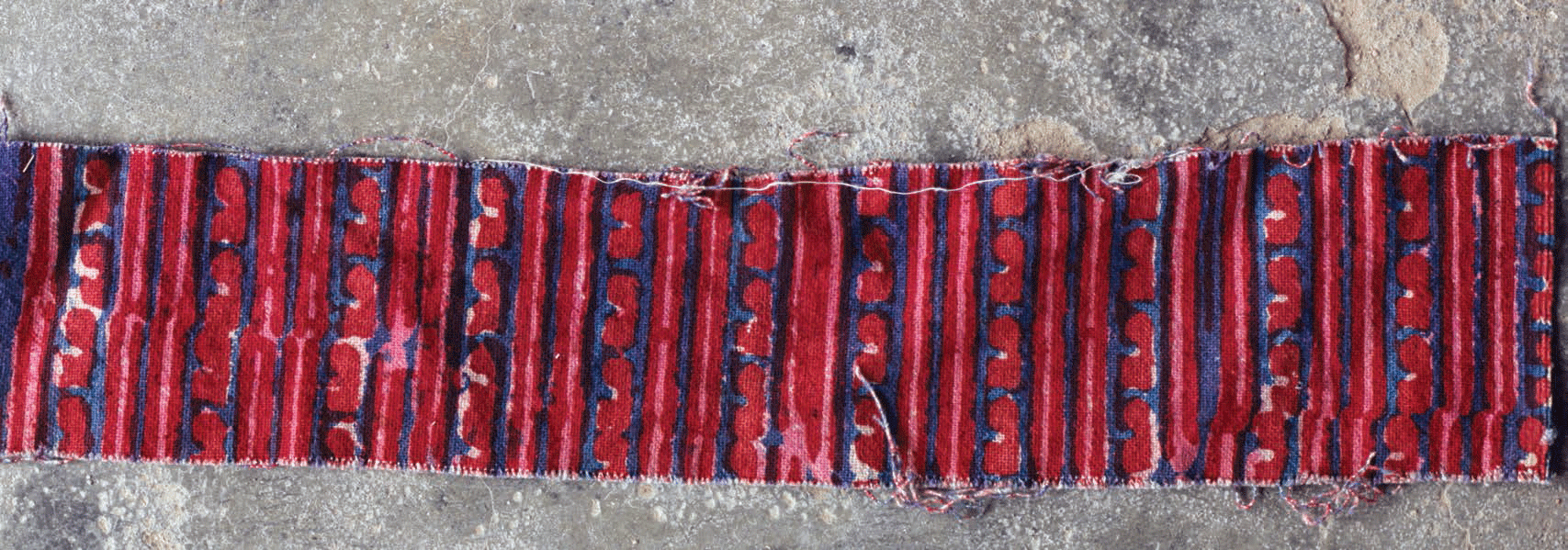 Fabric from Bela showing the  lavinginya design used by women of the Patel community