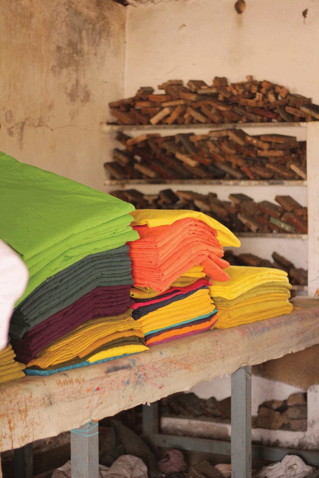 Chemically dyed fabric ready for direct printing
