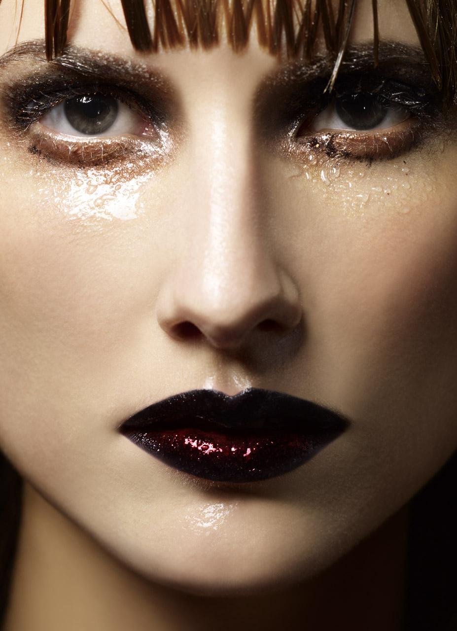 beauty_black lips.jpg