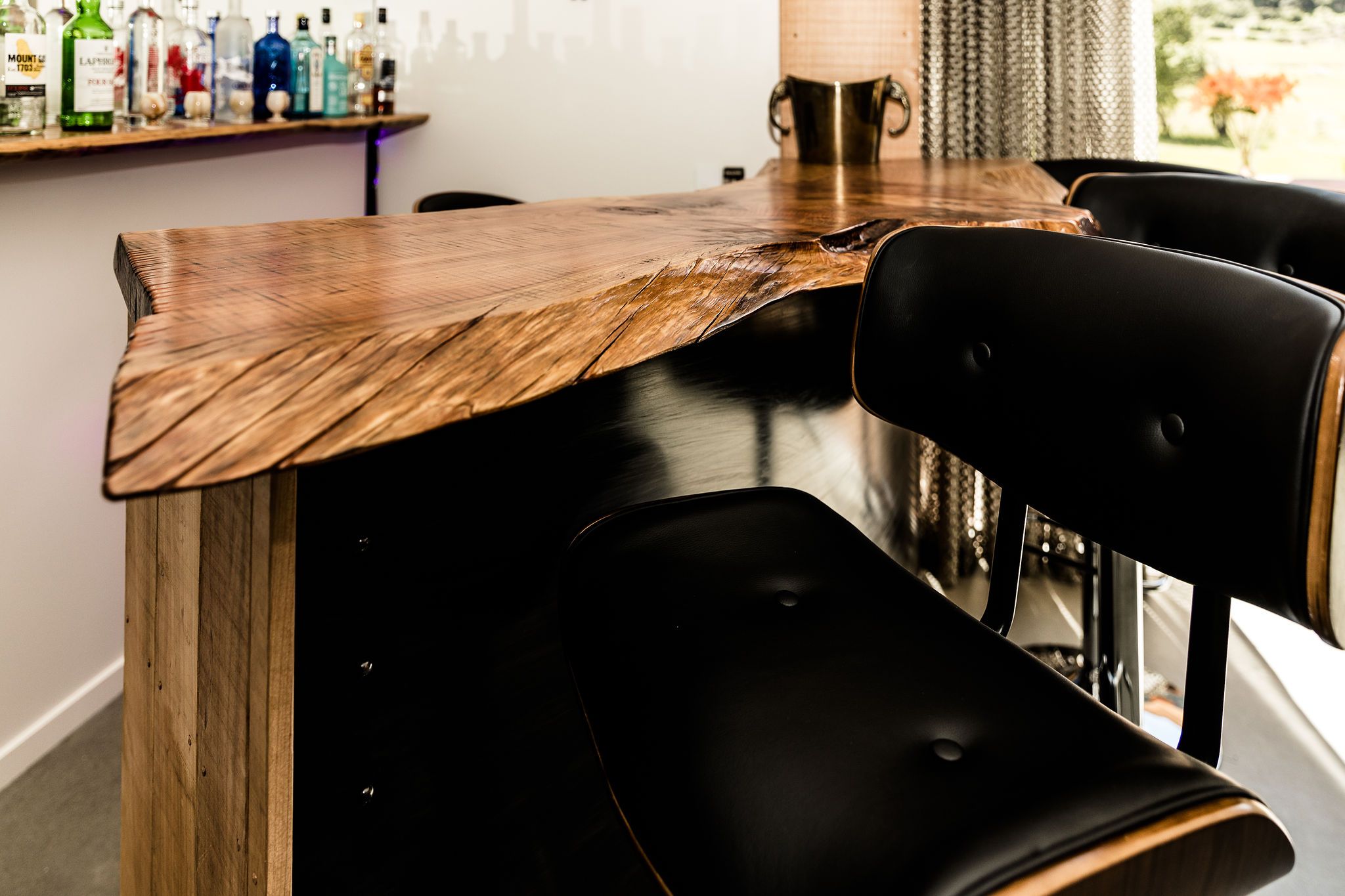 Bar and shelving