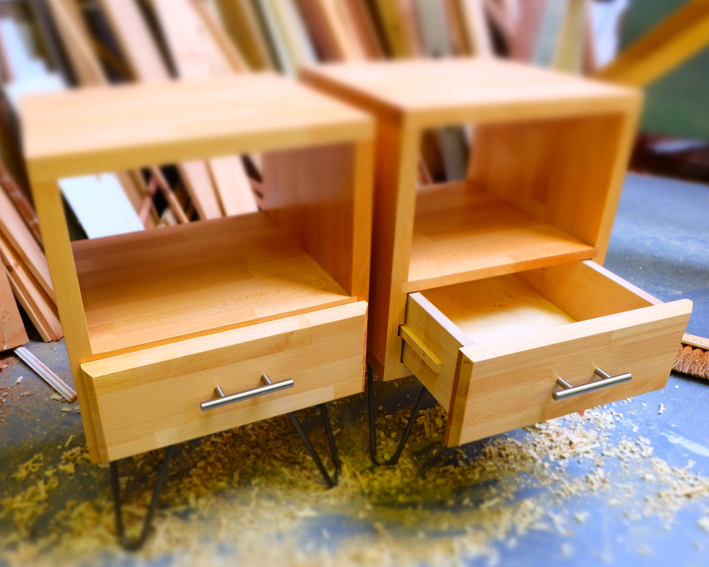 Monos with single drawer2.jpg