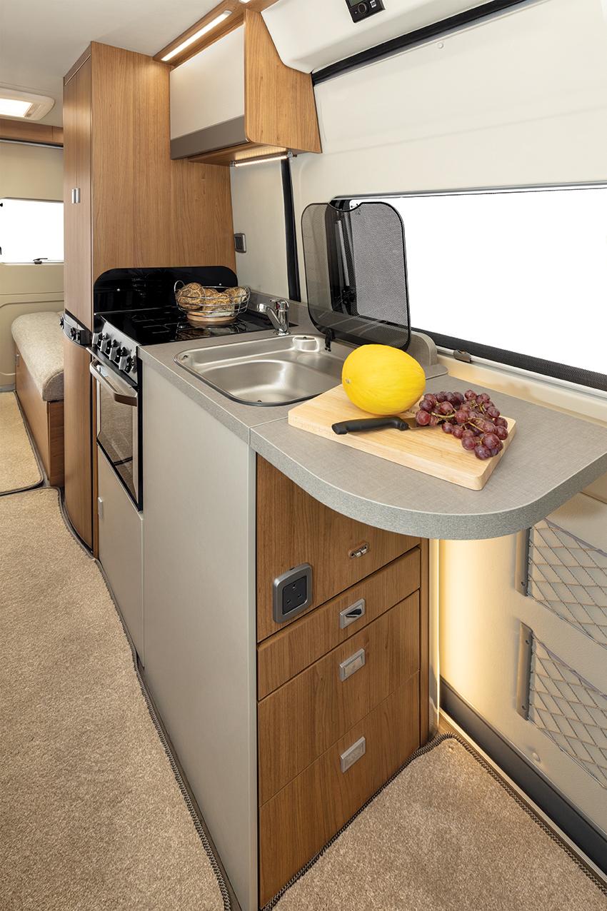T669-G kitchen.jpg