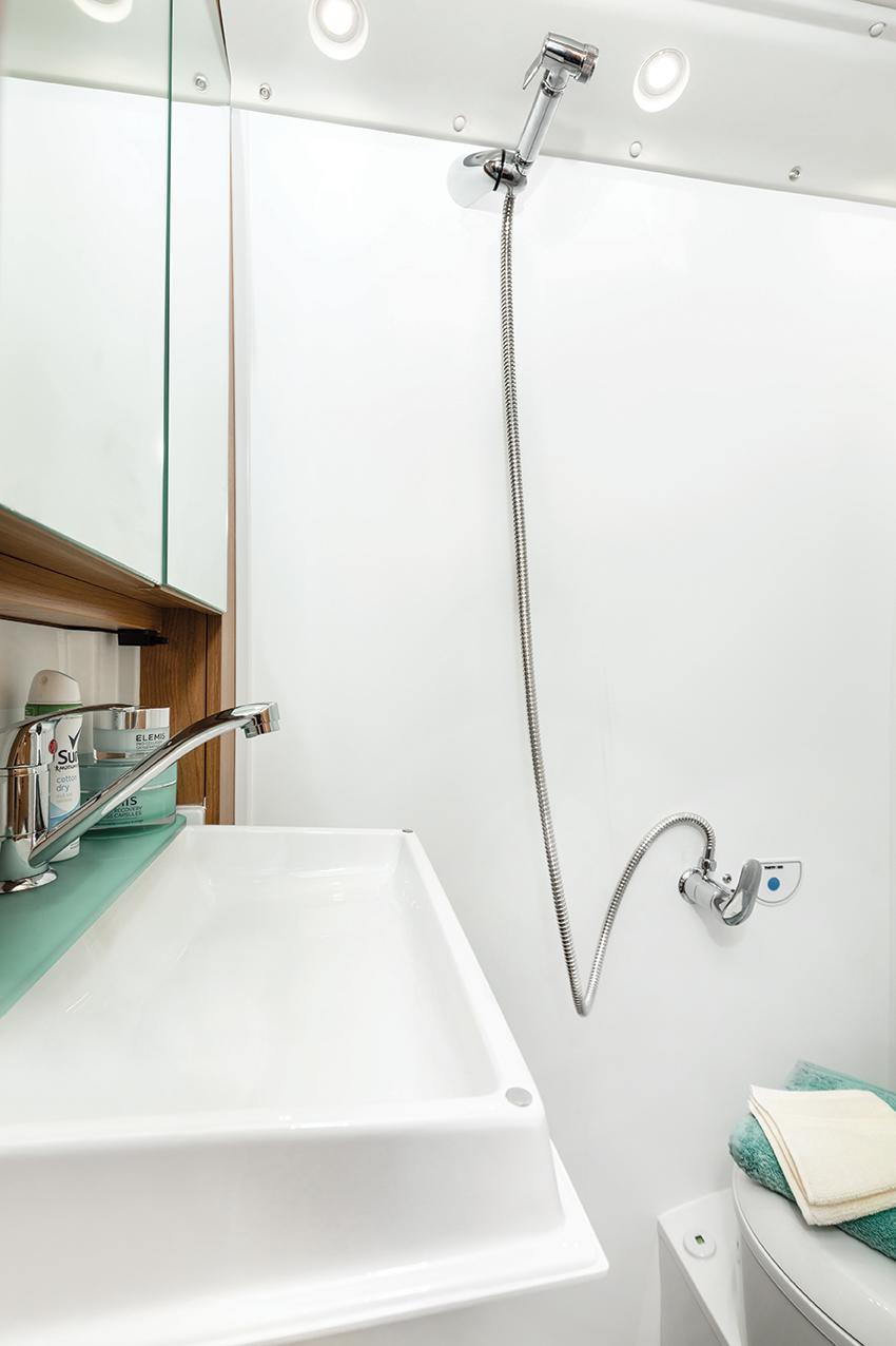 T669-G shower (1).jpg