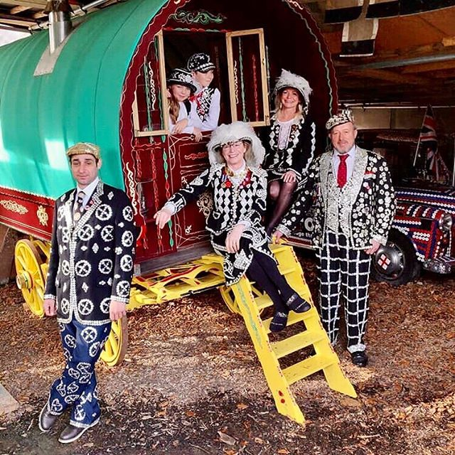 A recent photo shoot around our Gypsy Vardo for an in flight Airline. Always a pleasure to share our tradition. #Pearlykingsandqueens