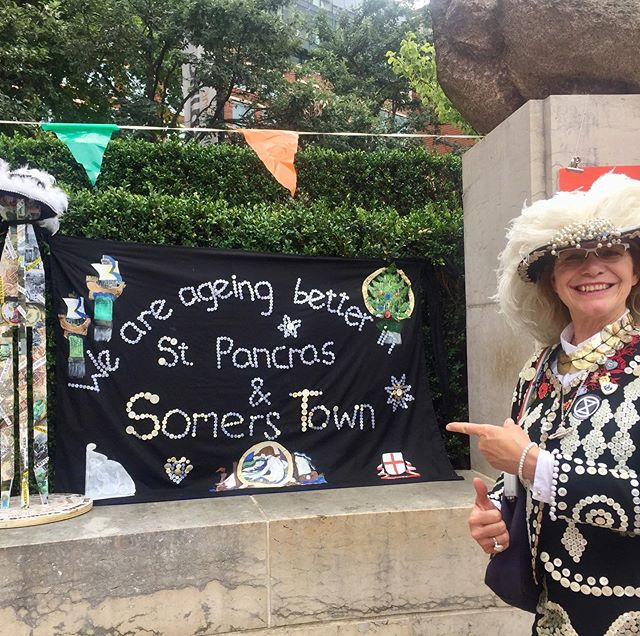Out and about at the wonderful Somers Town Festival meeting old friends and community groups, also took along some of my beer to showcase. 😊