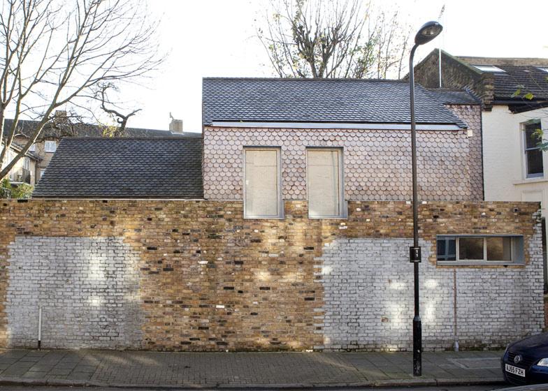gingerbread-house-01.jpg